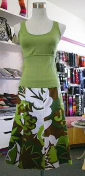 akn-green-skirt.jpg