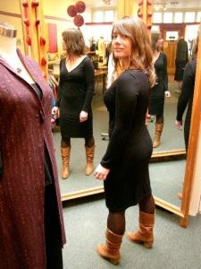 em-blk-dress-3-ways