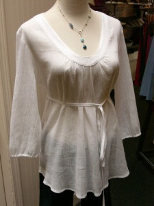 akn-white-tunic