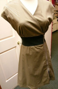 skfk-cinch-waist-zippered-dress